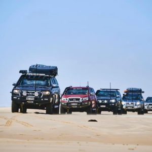 Learning to drive in a convoy
